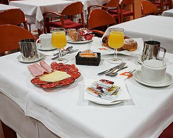Breakfast offer - Offers - Hotel Diplomàtic